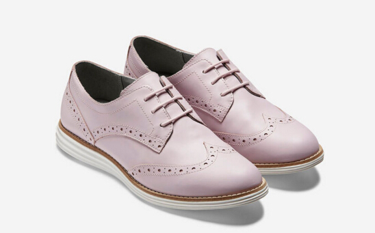 Women's ØriginalGrand Wingtip Oxford 139.95 + 33%OFF