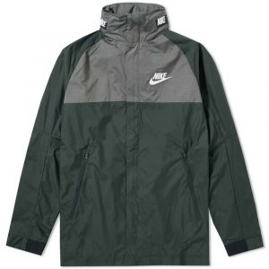 26-07-2017_nike_av15wovenjacket_outdoorgreen_black_white_861750-332_sp_1