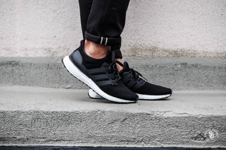 ADIDAS-Ultra-Boost-4.0-Core-Black-White-2_-1600